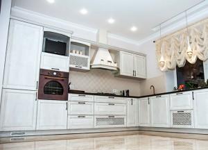 Klasikinės medinės virtuvės