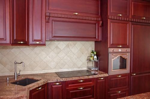 Klasikinio stiliaus virtuvės baldai, ąžuoliniai virtuvės baldai