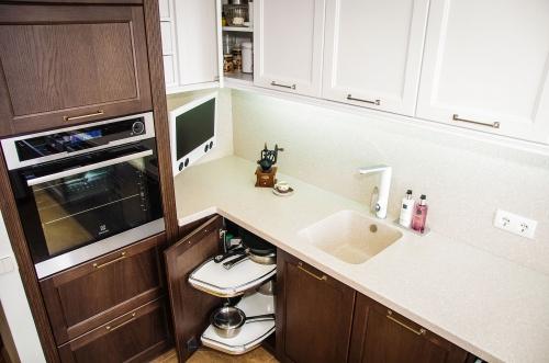 Modernios klasikos virtuvės baldai, mediniai virtuvės baldai